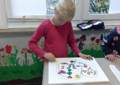 Dana benutzt für ihr Bild kräftige und leuchtende Farben.