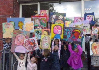 Der Malwettbewerb ist ein tolles Projekt! Wir freuen uns über unsere Kunstwerke!